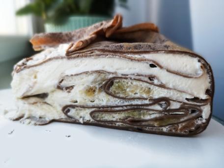 Блинный торт с кремом из сметаны в домашних условиях