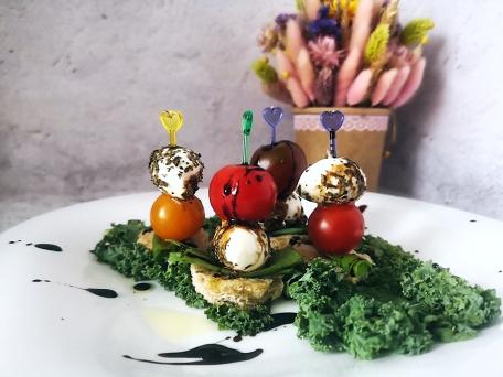 Салат капрезе пошаговый рецепт сервировки на шпажке