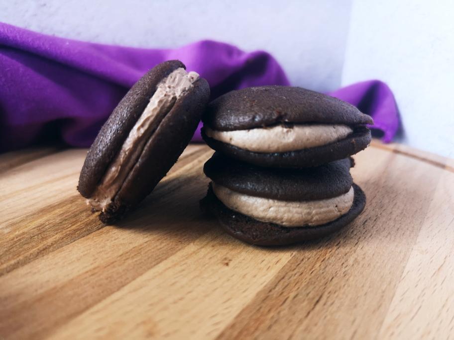 Очень вкусное американское печенье вупи-пай с шоколадным кремом