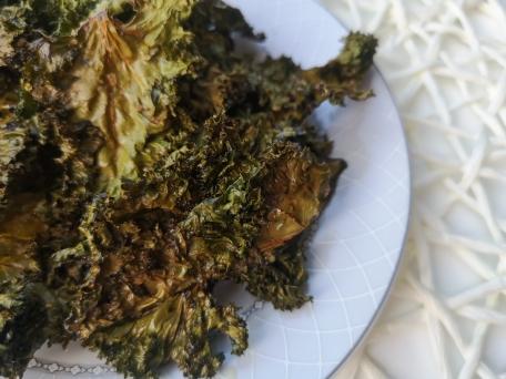 ПП Чипсы из салата Кейл с солью и оливковым маслом