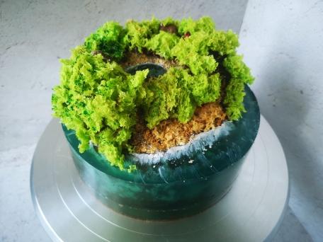 Декор для бисквитного торта Остров из желе и мхом