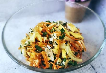 салат с корейской морковью и курицей самый вкусный