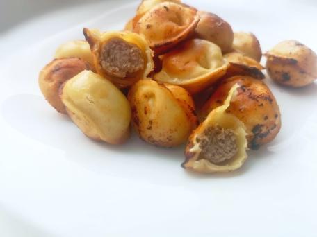Жареные пельмени на сковороде простой пошаговый рецепт